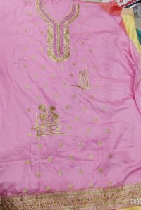 panel top embroidary design